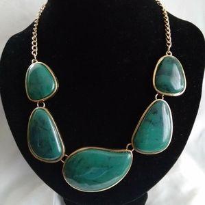 Jewelry - Lightweight pebble stone necklace